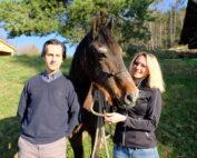 Dr. Petra Weiermayer und Dr. Erich Scherr halten in den Western News der AWA – Austrian Western Riding Association eine regelmäßige Sprechstunde ab.